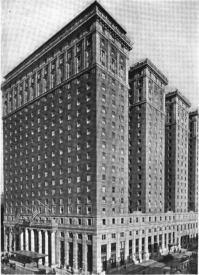 Das Hotel Pennsylvania, NYC (im Jahr 1953 Hotel Statler genannt).
